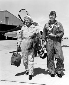 Aviation Chuck Yeager & Jackie Cochran 8x10 Silver Halide Photo Print Products Hot Sale Collectibles