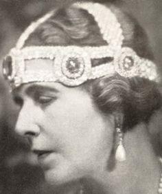 Tiara Mania: Sapphire & Diamond Kokoshnik worn with just the sapphire elements by Queen Marie of Romania Royal Crowns, Royal Tiaras, Tiaras And Crowns, Romanian Royal Family, Elisabeth I, Royal Jewelry, Jewellery, Queen Mary, Queen Elizabeth