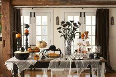 Gruseligen Halloween Dekorationen - Den Desserttisch passend gestalten