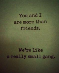 Mehr als Freunde.