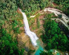 Can-umantad falls of bohol. Someone says that other waterfalls are nothing compared with it Bohol Philippines, Waterfalls, Places, Outdoor, Outdoors, Outdoor Games, The Great Outdoors, Lugares, Falling Waters