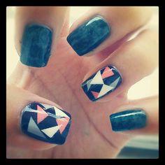 Green marbling & geometric nails