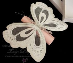 DIY Butterfly Invitation Scroll by www.tangodesign.com.au #baptismfavors #butterflycards #christeninginvitation #christeninginvitations