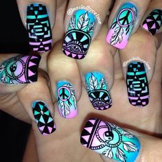 Hippie&boho vibes for @taylornewmannn 's Firefly nails #nailedbyceline #nailart #inm @fireflymusicfestival