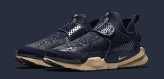 Stone Island & Nike Conceive the Sock Dart Mid - EU Kicks: Sneaker Magazine Nike Free Shoes, Running Shoes Nike, Nike Shoes, Sneakers Nike, Jordan Sneakers, Jordan Shoes, Nike Free Runners, Nike Sock Dart, Sport Outfits