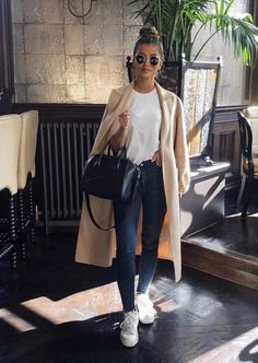 Casual Outfits 674554850421460245 - casual winter fashion inspiration Source by ananab_yesradio Sporty Outfits, Mode Outfits, Classy Outfits, Trendy Outfits, Fall Outfits, Black Outfits, Night Outfits, Urban Chic Outfits, Evening Outfits