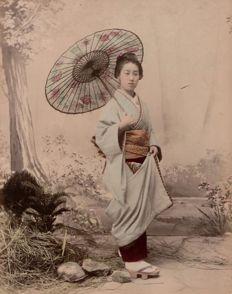 Japan (XIX) - Geisha with umbrella