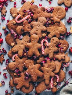 This Vegan Gingerbread Cookies Recipe is the perfect holiday treat or Christmas gift! They're soft, chewy, crisp, spiced with cinnamon, ginger and molasses. Vegan Gingerbread Cookies, Vegan Christmas Cookies, Gingerbread Men, Ginger Bread Cookies Recipe, Yummy Cookies, Cookies Vegan, Almond Cookies, Chocolate Cookies, Cookie Recipes