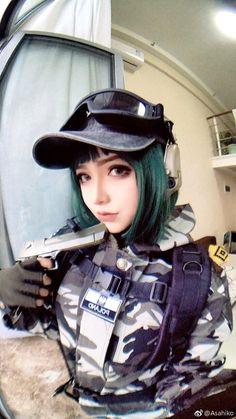 Pull the trigger! Rainbow Six Siege Art, Rainbow 6 Seige, Rainbow Six Siege Memes, Ela Bosak, Kawaii Cosplay, Military Girl, Best Cosplay, Cosplay Girls, Cosplay Costumes