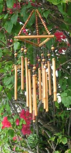 shopping day for Bamboo Wind Chimes for the porch Bamboo Wind Chimes, Diy Wind Chimes, Bamboo Art, Bamboo Crafts, Garden Crafts, Garden Art, Mobiles Art, Carillons Diy, Wind Charm