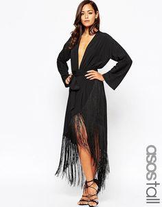Pin for Later: 99 Robes Rétro Pour Une Soirée à Thème Great Gatsby  ASOS Tall - Maxi robe à décolleté plongeant et franges - Noir (83€)