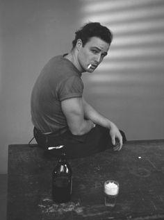 Marlon Brando © Trunk Archive