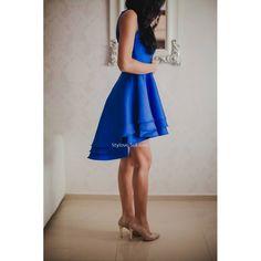 7b7af3edd3 Asymetryczna sukienka na wesele rozkloszowana z dłuższym tyłem kobalt  https   stylovesukienki.pl