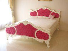 Princess furniture ■ Audrey ■ actress bed ■ queen size ■ velvet ■ shocking pink