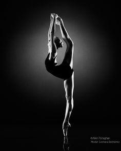 Behind the back (Svetlana Bednenko of Mikhailovsky Ballet) by Allen Parseghian on 500px