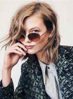 Karlie Kloss modeling her new sunnies. Photo: Courtesy of Warby Parker Warby Parker, Karlie Kloss, Fashion Models, Fashion Week, Fashion Tips, Women's Fashion, Ray Ban Sunglasses, Sunglasses Women, Crazy Sunglasses