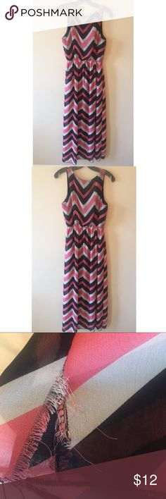 Pink, Black, And White Chevron Dress Size M Pink, Black, And White Chevron Dress Size m the bottom is frayed on one of the bottom sides but it isn't noticeable; look at 3rd pic. MAKE OFFERS expresso Dresses Maxi