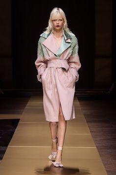 アトリエ ヴェルサーチ(Atelier Versace)2016-17AW HAUTE COUTUREコレクション Gallery25