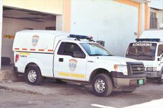 Globovisión   Caracas, 20 de diciembre de 2013.-Funcionarios del Cuerpo de Investigaciones Científicas, Penales y Criminalística (Cicpc) capturaron este viernes a cuatro hombres implicados en el homicidio de un niño y el intento de homicidio de otro menor en un restaurante ubicado en el sector la Sierra en Margarita, estado Nueva Esparta.