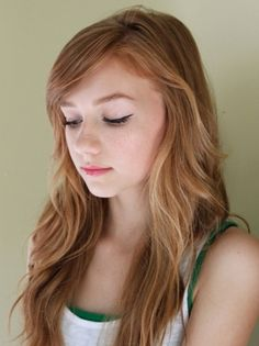 Beautiful natural style for redheads
