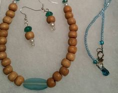 Check out Beaded necklace, beaded earring, beaded necklace set, beaded set, beaded earring set, bead, jewelry set, wood bead on doubledzbeadz
