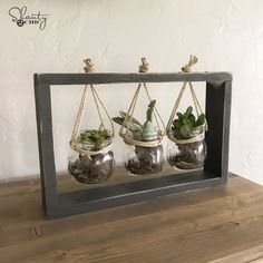 Cheap DIY Gifts and Inexpensive Homemade Christmas Gift Ideas for People on A Budget - $10 DIY Succulent Frame - To Make These Cool Presents Instead of Buying for the Holidays - Easy and Low Cost Gifts for Mom, Dad, Friends and Family - Quick Dollar Store Crafts and Projects for Xmas Gift Giving Parties - Step by Step Tutorials and Instructions http://diyjoy.com/cheap-holiday-gift-ideas-to-make #interiordecoronabudgettutorials