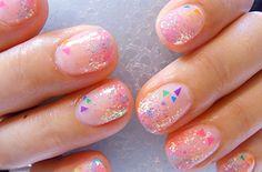 Triángulos diminutos | Las uñas Hokuri son las más Kawaii de todos los tiempos