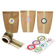 DIY Adventskalender mit Washi Tape – zum selber basteln und befüllen – gold – mit 24 Zahlenaufklebern und Papiertüten – Set 3 – von Papierdrachen  24 Zahlenaufkleberzur Dekoration deines ganz persönlichen Adventskalenders – je 4 cm Durchmesser  24 braune Kraftpapiertüten – zum selber befüllen (Bodenbeutel, Größe flachliegend: 14 x 22 cm)  3 Rollen Washi-Tape in den abgebildeten Farben und Mustern (Set gold) zum Dekorieren und Verschönern der Tüten (je 1,5cm breit und 10m lang)