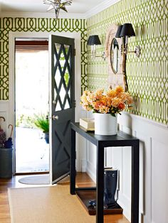 Blindsiding Useful Tips: Simple Wainscoting Stairs wainscoting foyer tutorials.Wood Wainscoting Tips. Style At Home, Trellis Wallpaper, Green Wallpaper, Geometric Wallpaper, Wallpaper Ideas, Hallway Wallpaper, Interior Wallpaper, Graphic Wallpaper, Print Wallpaper