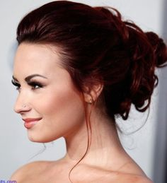 Dark Red Hair Tips-so excited about these tips! I miss having red hair Cabelo Demi Lovato, Demi Lovato Hair, Deep Auburn Hair, Dark Red Hair, Deep Red Hair Color, Red Color, Auburn Red, Burgundy Hair, Blue Hair