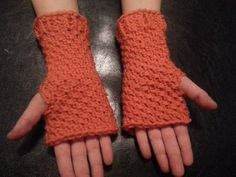 Fingerless Mittens |Loom - GoodKnit Kisses