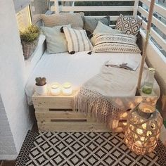 Gestalten Designing and setting up ideas for a narrow balcony - Terrasse und Balkon - Design RatBalcony Plants tan Furniture Small Porch Decorating, Apartment Balcony Decorating, Apartment Balconies, Decorating Ideas, Decor Ideas, Cozy Apartment, Interior Decorating, Apartment Porch Decor, Narrow Balcony