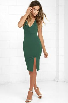 Glances turn into a gaze when you strut by in the Gathering Glances Forest Green Bodycon Dress! Medium-weight stretch knit flatters your figure as it forms a sleeveless bodice, with princess seams and a plunging V-neckline. Straps crisscross at back above a bodycon skirt with side slit. Hidden back zipper.