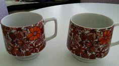 Vtg. Holt Howard Set Flower Power Footed Pedestal Mugs Wild Red Orange Pink EUC!