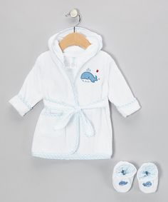 After Baby's all squeaky clean, bundle them up in this soft terry set that will keep them shiver-free. Featuring an all-cotton robe and booties, they're the best after-bath companions for transitioning from suds to sleep.