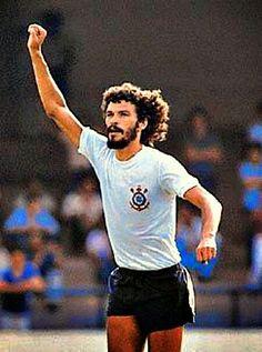 Sport Club Corinthians Paulista - Sócrates...Um dos maiores gênios que eu vi com o Manto Alvinegro!!!