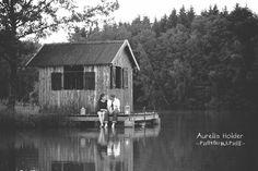aurelia-holder-photographie-photo-photographe-marseille-manosque-aix-en-provence-seance-couple-love-session-romantique-lac-barque-nature-idee-originale-etang-amoureux-belfort
