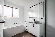 Bathroom Renovations Perth, Large Shower, Big Windows, Cabinet Makers, Corner Bathtub, Double Vanity, Layout, Design, Big Shower