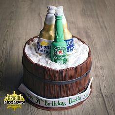 Beer in a Bucket Cake Corona Beer, Cake Art, Cake Designs, Chocolate Cake, Bucket, Cakes, Birthday, Sweet, Food