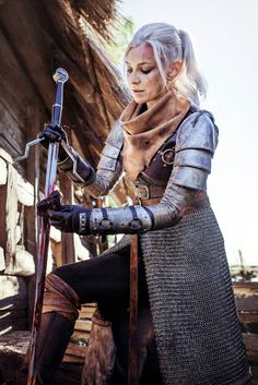 The Witcher cosplay Fantasy Warrior, Warrior Girl, Warrior Women, Fantasy Art, Female Armor, Female Knight, Lady Knight, Female Warrior Costume, Warrior Princess Costume