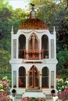 Dollhouse made from a Victorian birdcage