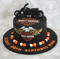 Harley Davidson Motorbike Cake. (Ponty Carlo cakes) Tags: cake motorbike harleydavidson pontycarlocakes