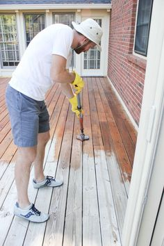 How to Stain a Deck   HomeRight StainStick w/ Gap Wheel