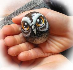 painted-stoneart-rock-painting-owl-no22