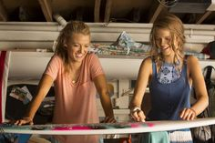 the shallows picture: Full HD Pictures, Ginger Jones Blake Lively Movies, Blake Lively Family, Blake Lively Style, The Shallows Movie, Ginger Jones, Full Hd Pictures, Annasophia Robb, Surf Style, Film Stills