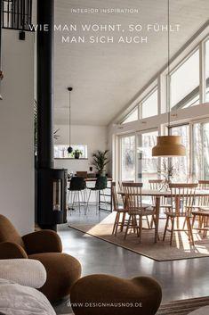 Oder, wie man sich fühlt, so sieht das Zuhause aus. Sich Zuhause wohlfühlen! Wie hängt das zusammen? Hast du darüber schon mal nachgedacht, wie sehr dich deine Einrichtung beeinflussen kann?  Photo Credit: Fantastic Frank #wohnen #einrichten #ideen #interior #design #wohnzimmer #livingroom #esstisch #esszimmer #diningroom Divider, Sweet Home, Room, Furniture, Design, Home Decor, Dinning Room Ideas, Living Room Ideas, Pig Pen