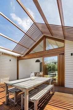 Modern house extension to a traditional house located in Melbourne, Australia, designed in 2016 by Sheri Haby Architects.
