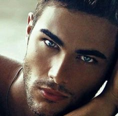 Lucas Alves (Ironically my inspiration for Lucas) Beautiful Men Faces, Gorgeous Eyes, Male Eyes, Male Face, Lucas Alves, Eye Candy Men, Hot Guys Eye Candy, Bedroom Eyes, Handsome Faces