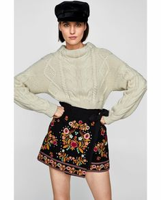 Image 2 of EMBROIDERED SHORTS from Zara