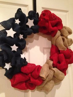 Burlap wreaths, Country life and Burlap